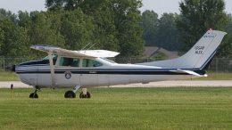 Cessna C-182